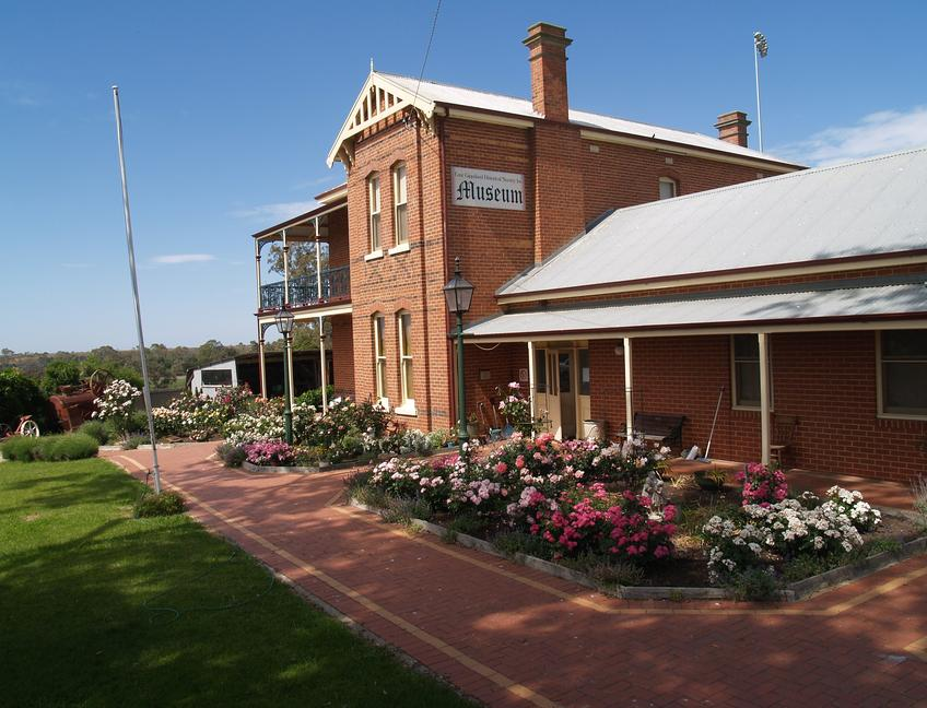 Building - East Gippsland Historical Society