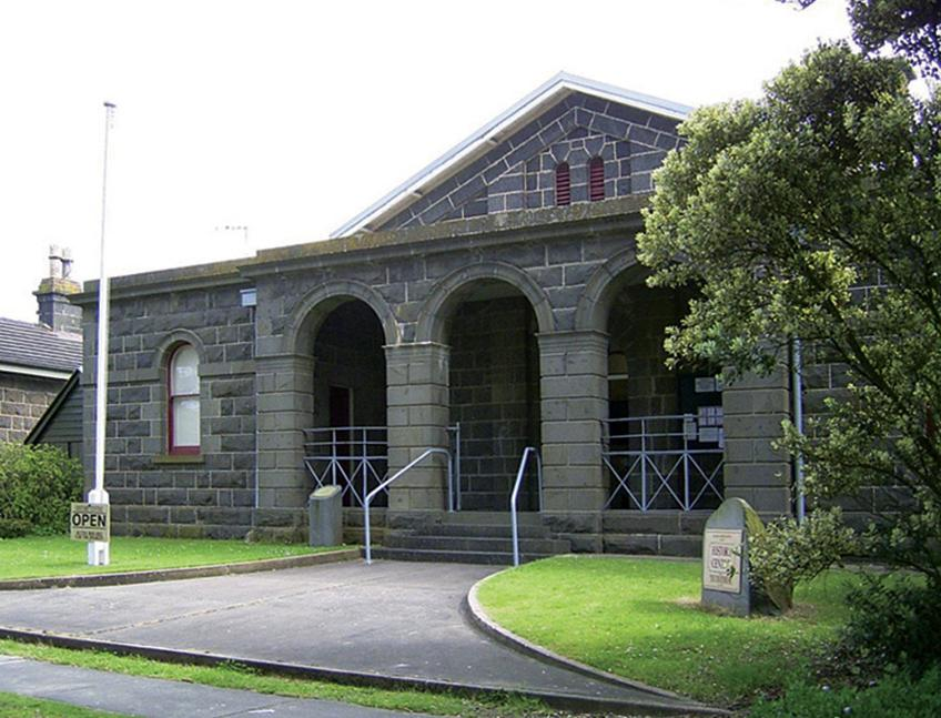 Building - Port Fairy Historical Society